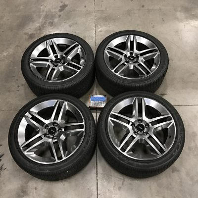Ford Mustang Svt Shelby Gt Wheels Tires X