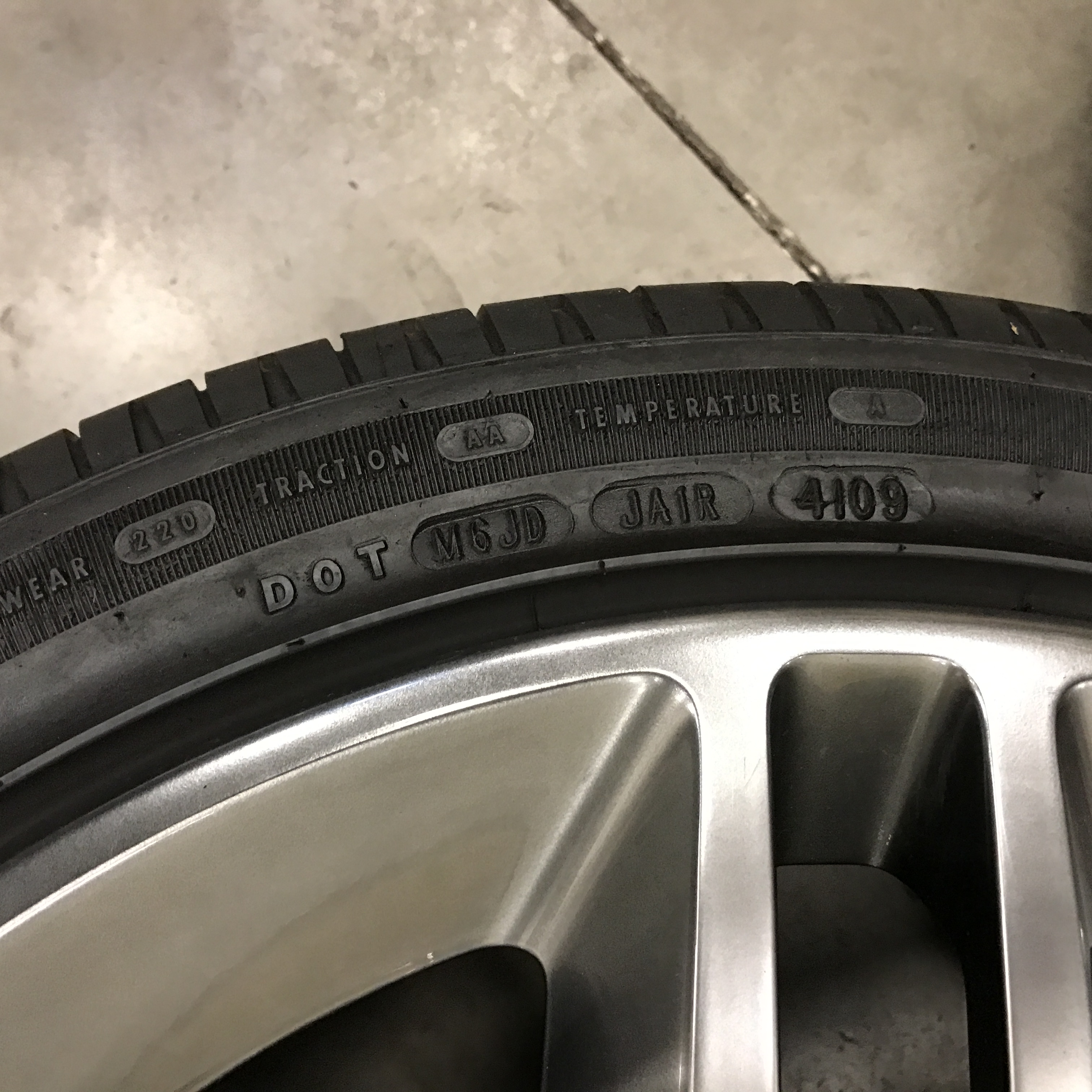 Ford Mustang SVT Shelby GT500 Wheels + Tires 6